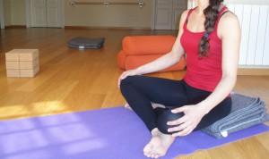 pag49 Postura Sentada Meditacio Esquena Neutra Optima
