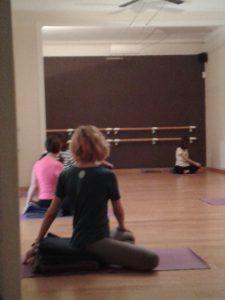 El Club de Yoga Pilates de la Buena Energia tambien senior Sano y Vital